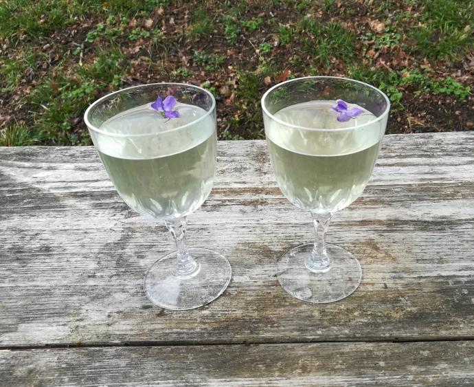 Kir à la violette